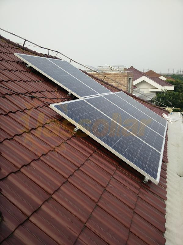 上海5KW斜屋顶项目Shanghai China 5KW Pitched Roof Mount Project.jpg